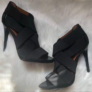 NWOT CALVIN KLEIN Allison Black Straps Heels